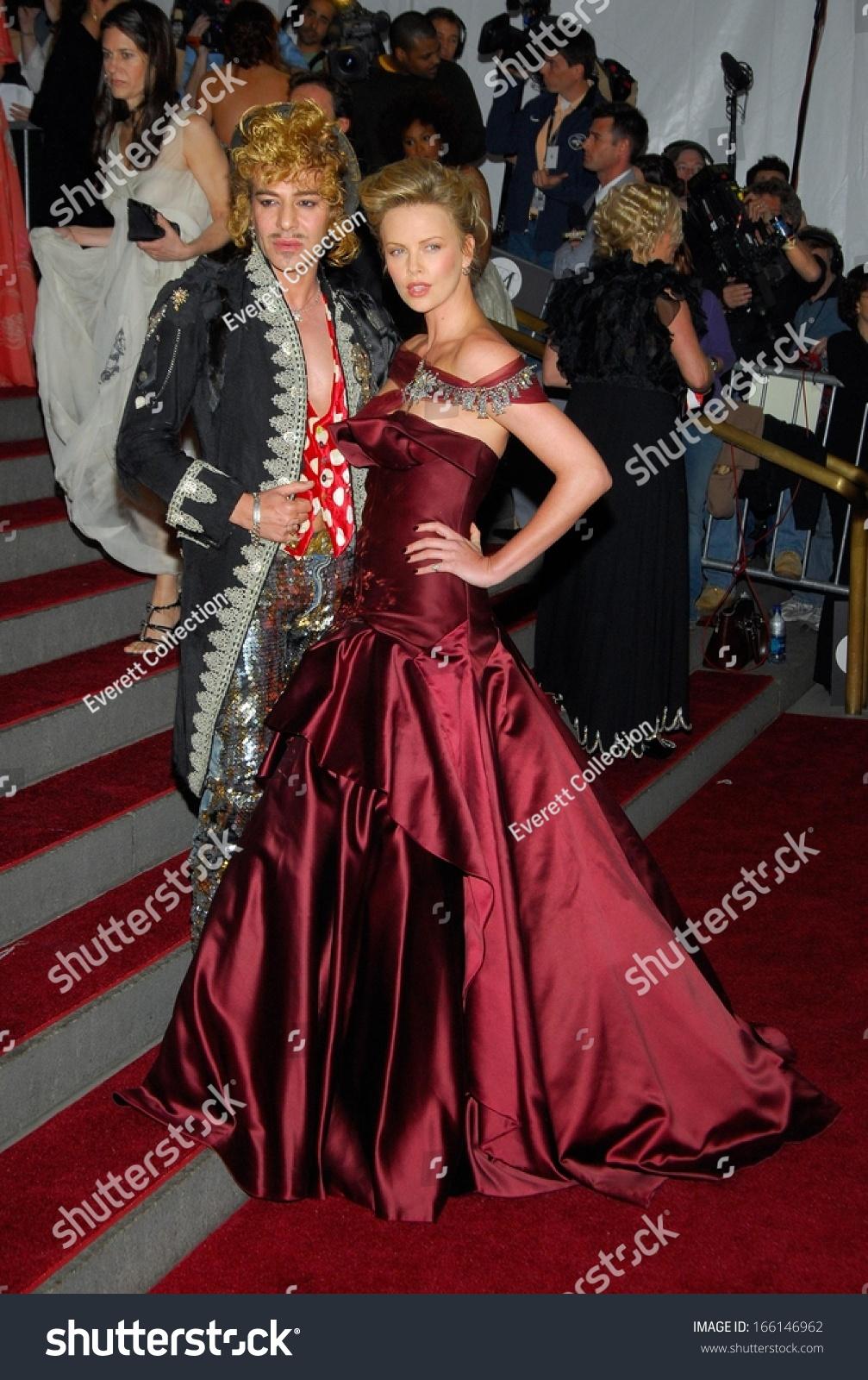 John Galliano Charlize Theron Dior Haute Stock Photo (Edit Now ...