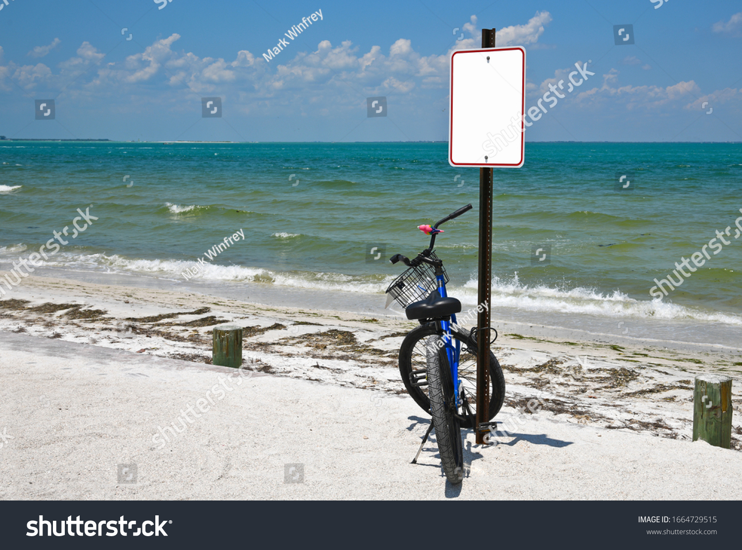 stock-photo-a-bicyle-in-a-beach-parking-