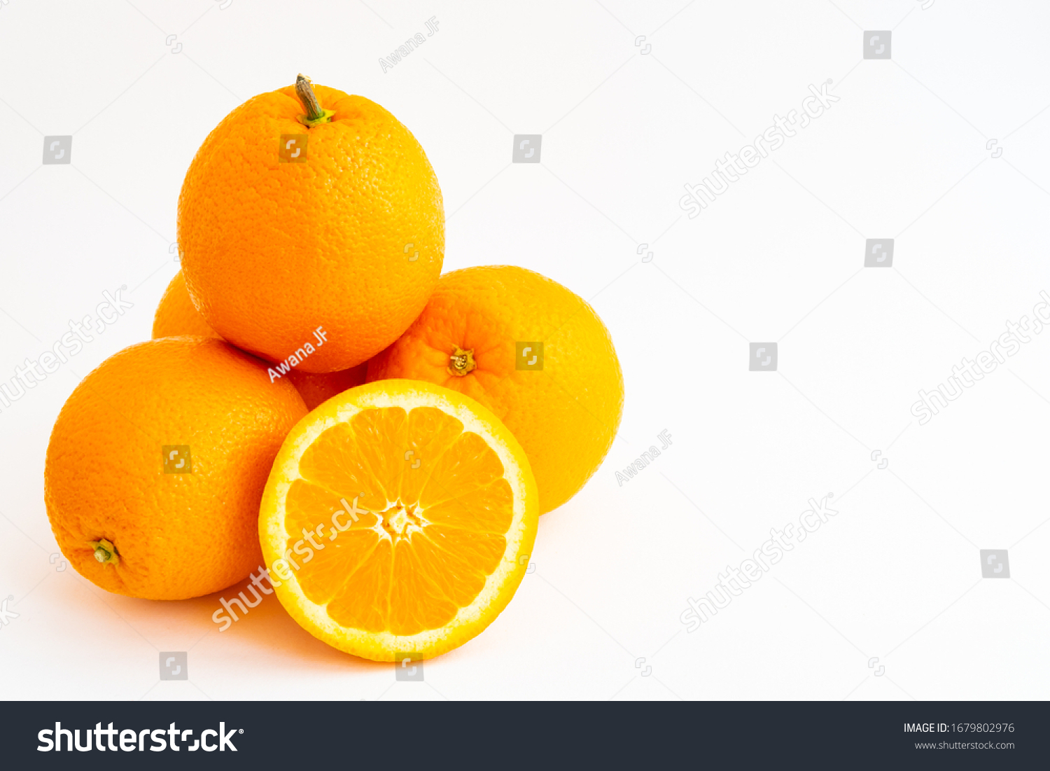 stock-photo-four-oranges-stacked-and-an-