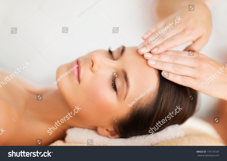 spa resort beauty health concept beautiful stock photo 170170187 shutterstock. Black Bedroom Furniture Sets. Home Design Ideas