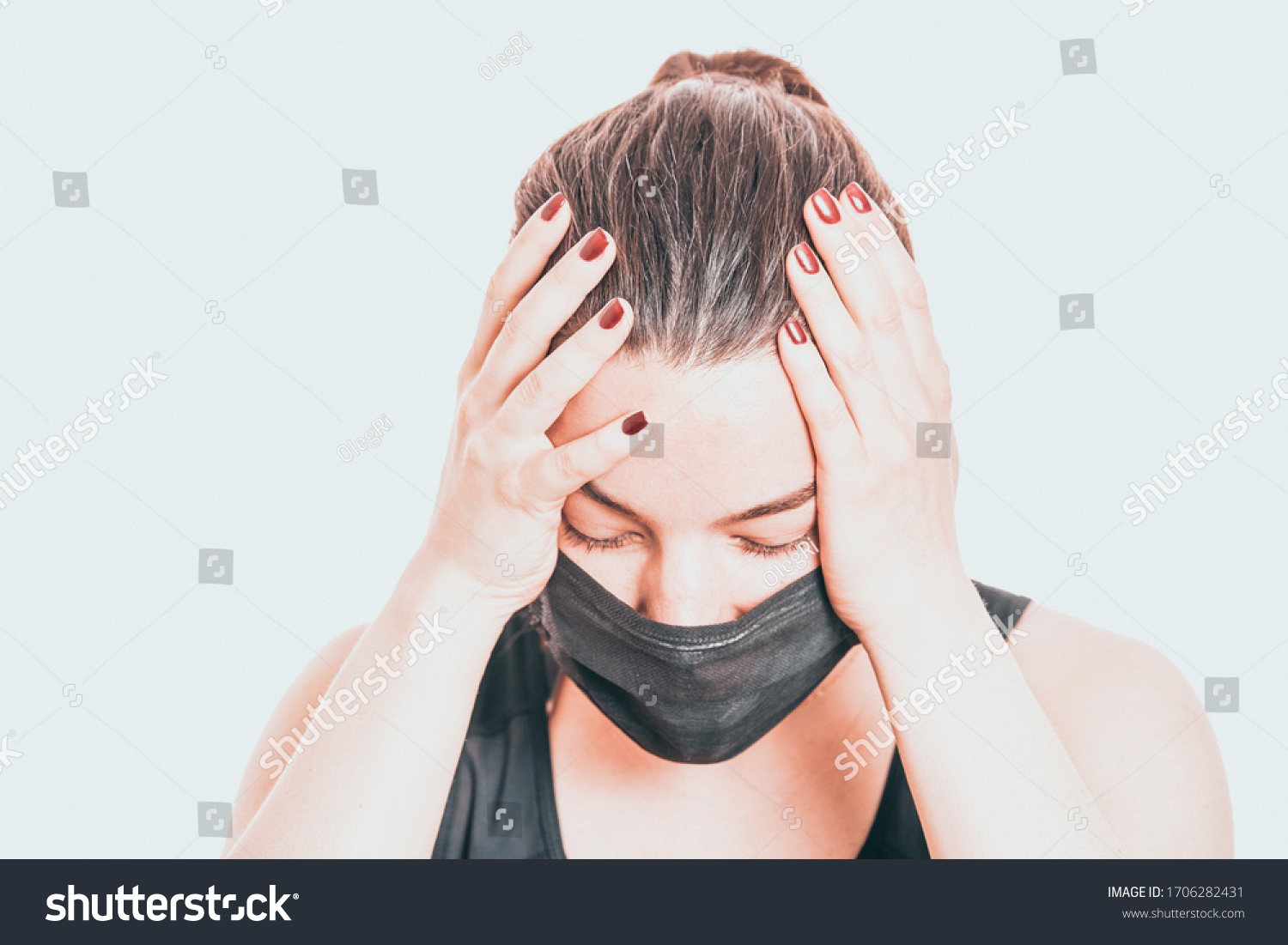 Worried, scare, panicked american woman in medical mask, concerned about viral pandemic illness, paranoid of pandemic. #1706282431