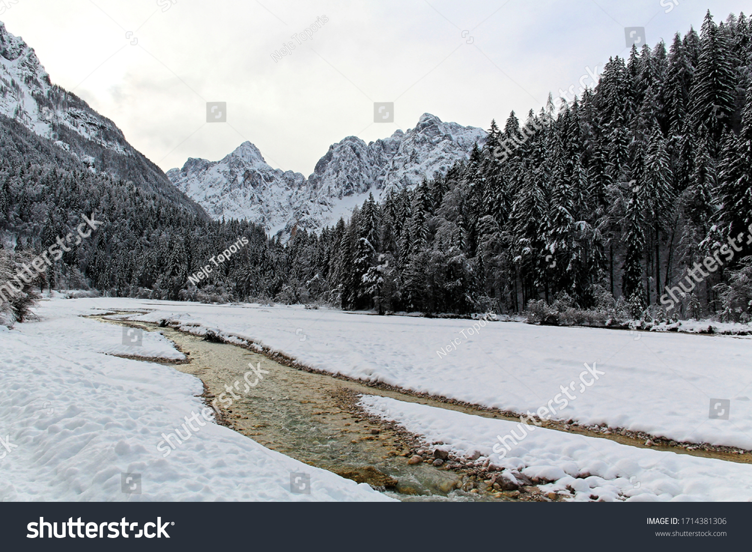 stock-photo-snow-sprinkled-mountains-and