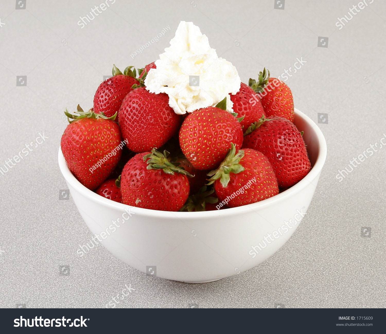 Strawberries And Whipped Cream Bowl Red Ripe Bunch Strawbe...