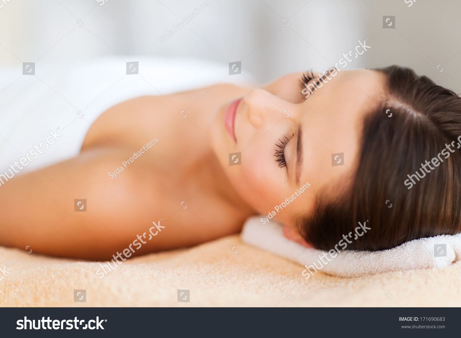 beauty spa concept beautiful woman spa stock photo 171690683 shutterstock. Black Bedroom Furniture Sets. Home Design Ideas