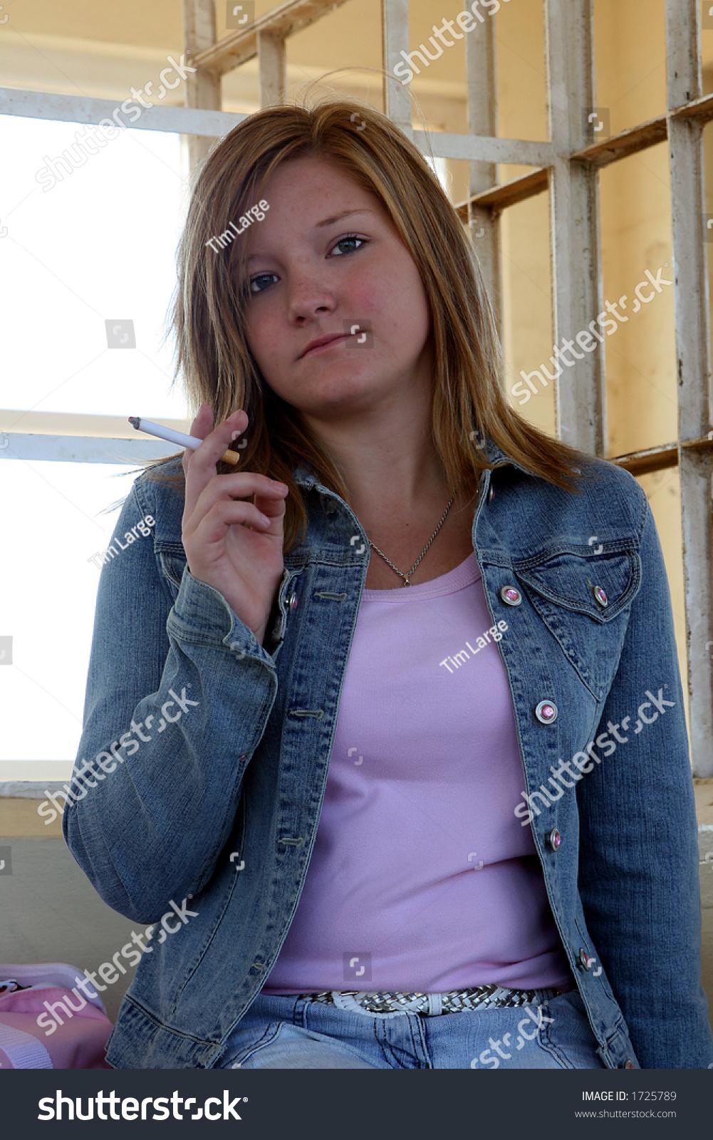 Did Camel Ads Encourage Teen Girls to Smoke? - Health