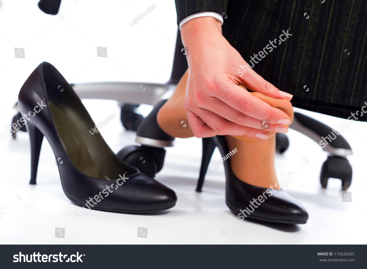 Wearing High Heel Shoes Has Its Painful Disadvantages ...