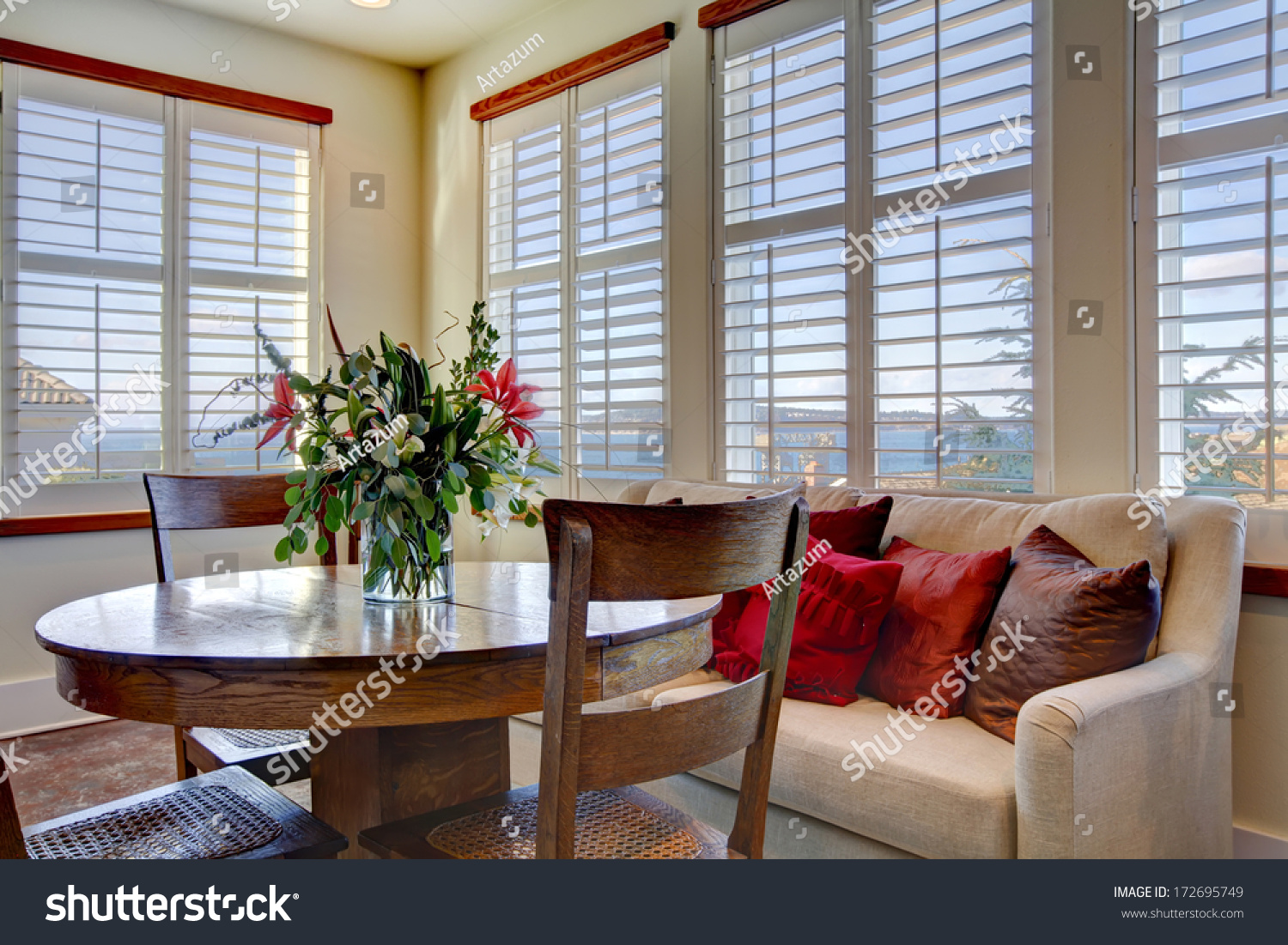 Light tones beautiful dining area with a rustic dining for Beautiful dining area