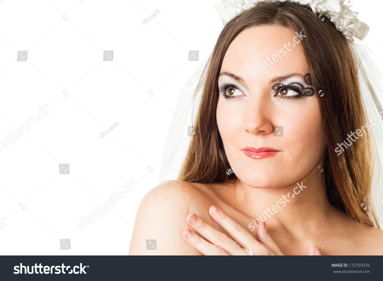 Portrait of beautiful bride woman with creative makeup and body art  butterfly on white background. 068f56b06