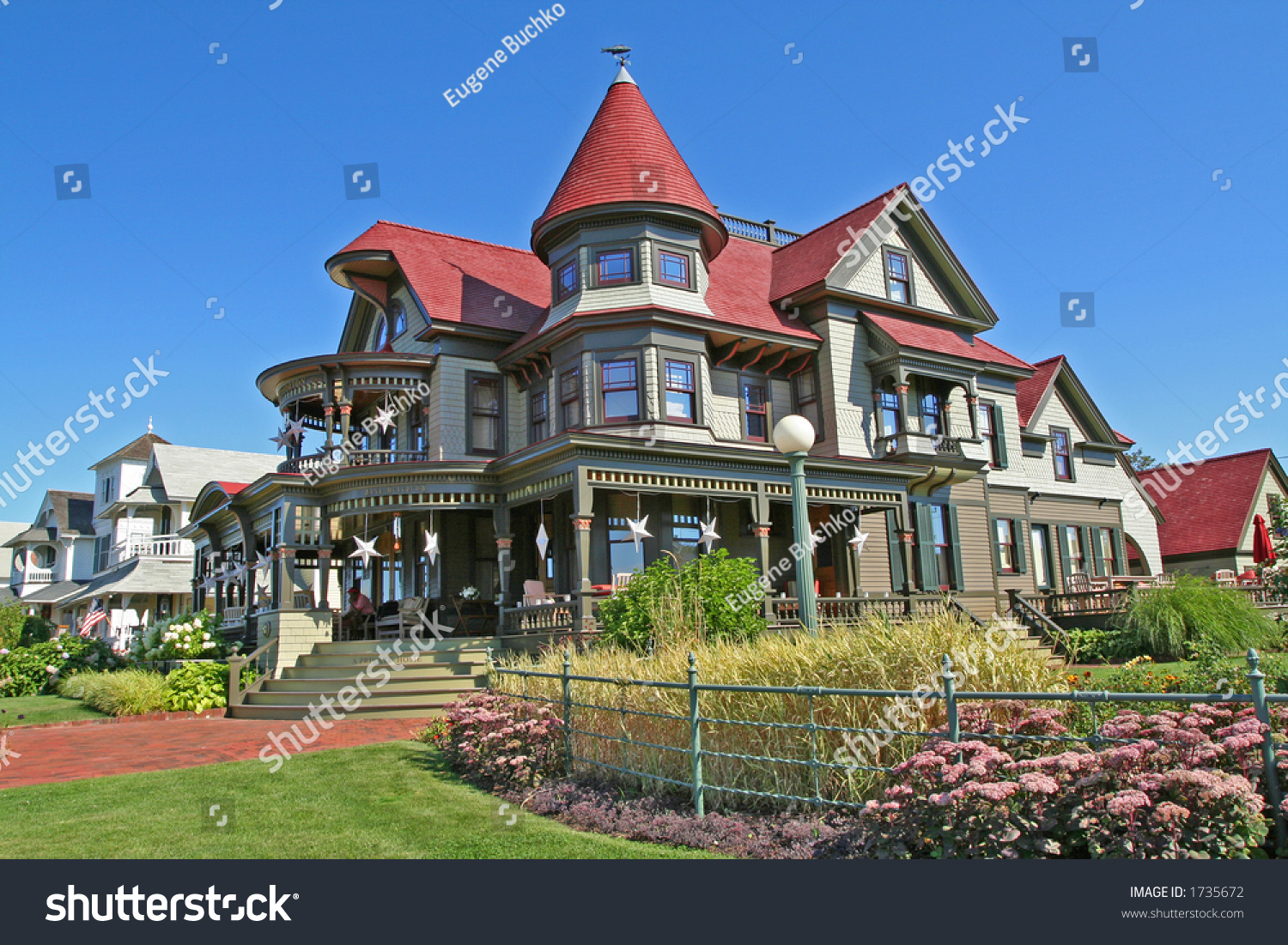 Magnificent mansion on island marthas vineyard stock photo for Mansion house price