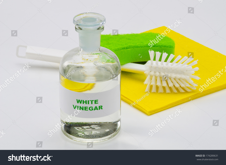 how to make vinegar cleaner for glass
