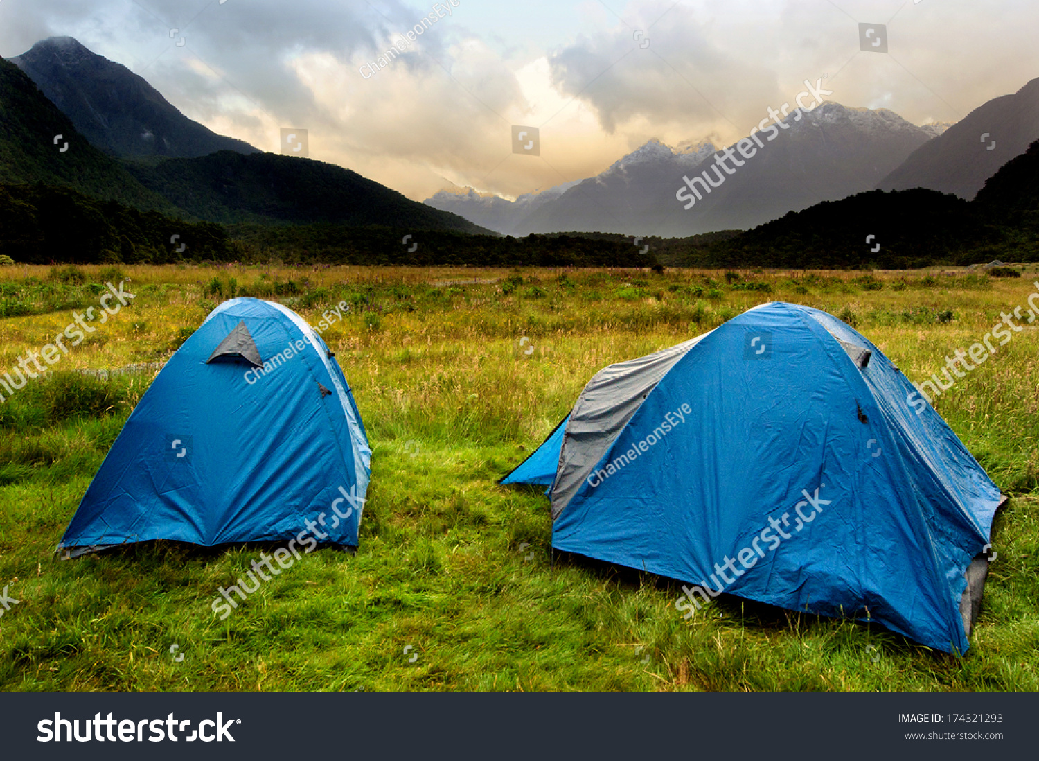 Two tents in c&site in Fiordland New Zealand & Two Tents Campsite Fiordland New Zealand Stock Photo 174321293 ...
