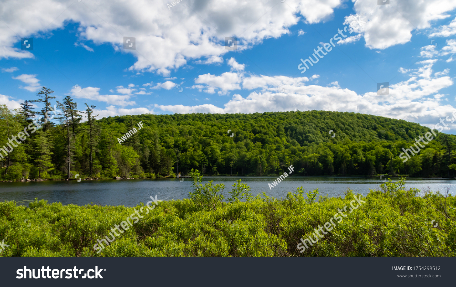 stock-photo-beautiful-view-of-a-canadian