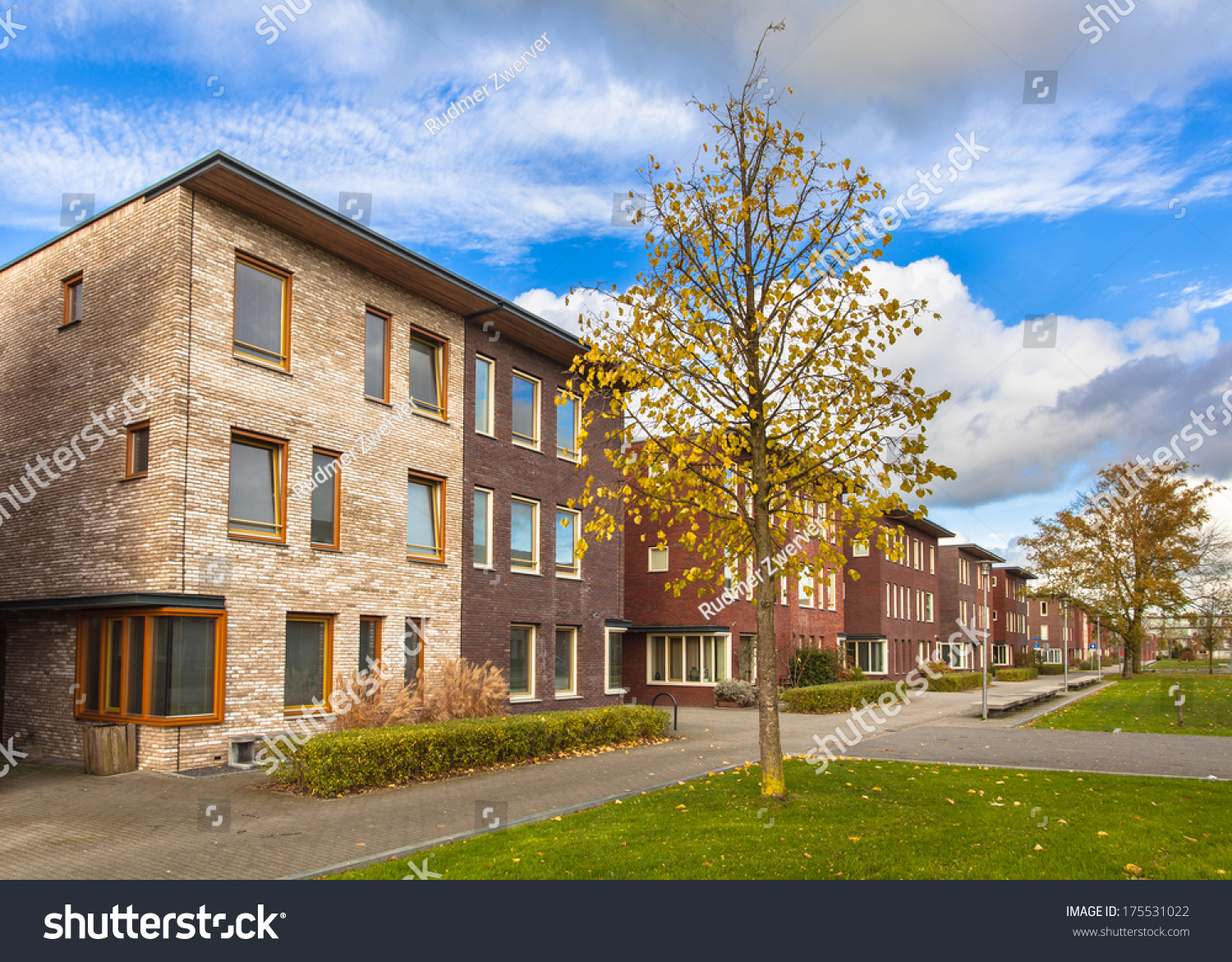 Large Modern Middle Class Suburban Houses in Europe | EZ Canvas