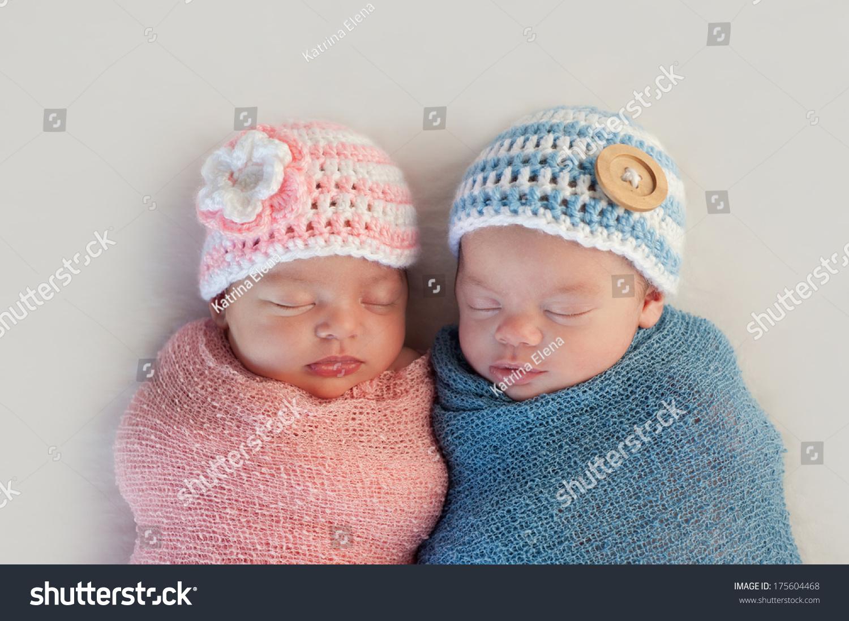 Five Week Old Sleeping Boy Girl Stock Photo Edit Now 175604468