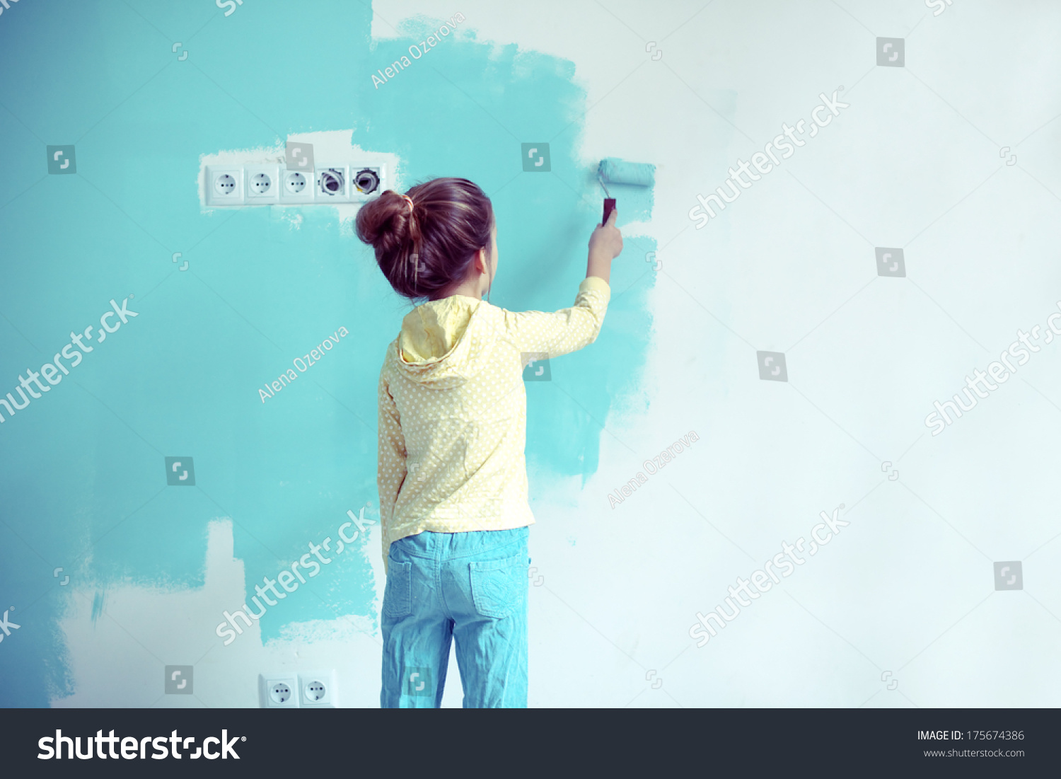 7 years old girl painting the wall at home instagram for Style at home instagram