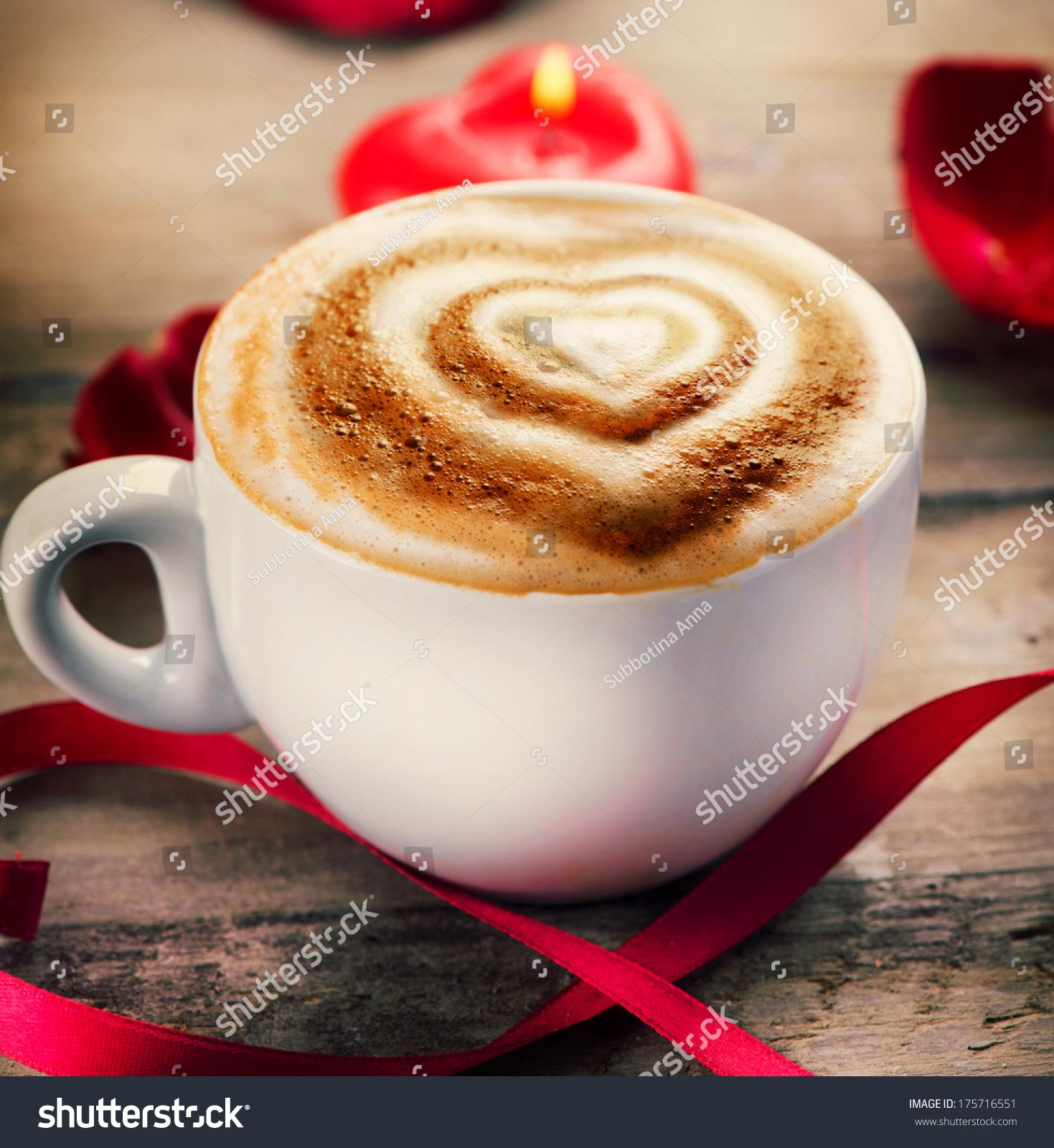 Valentines Day Coffee Heart On Foam Stock Photo 175716551