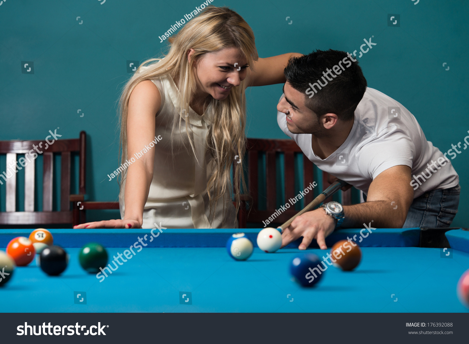 flirting signs for girls free games download games