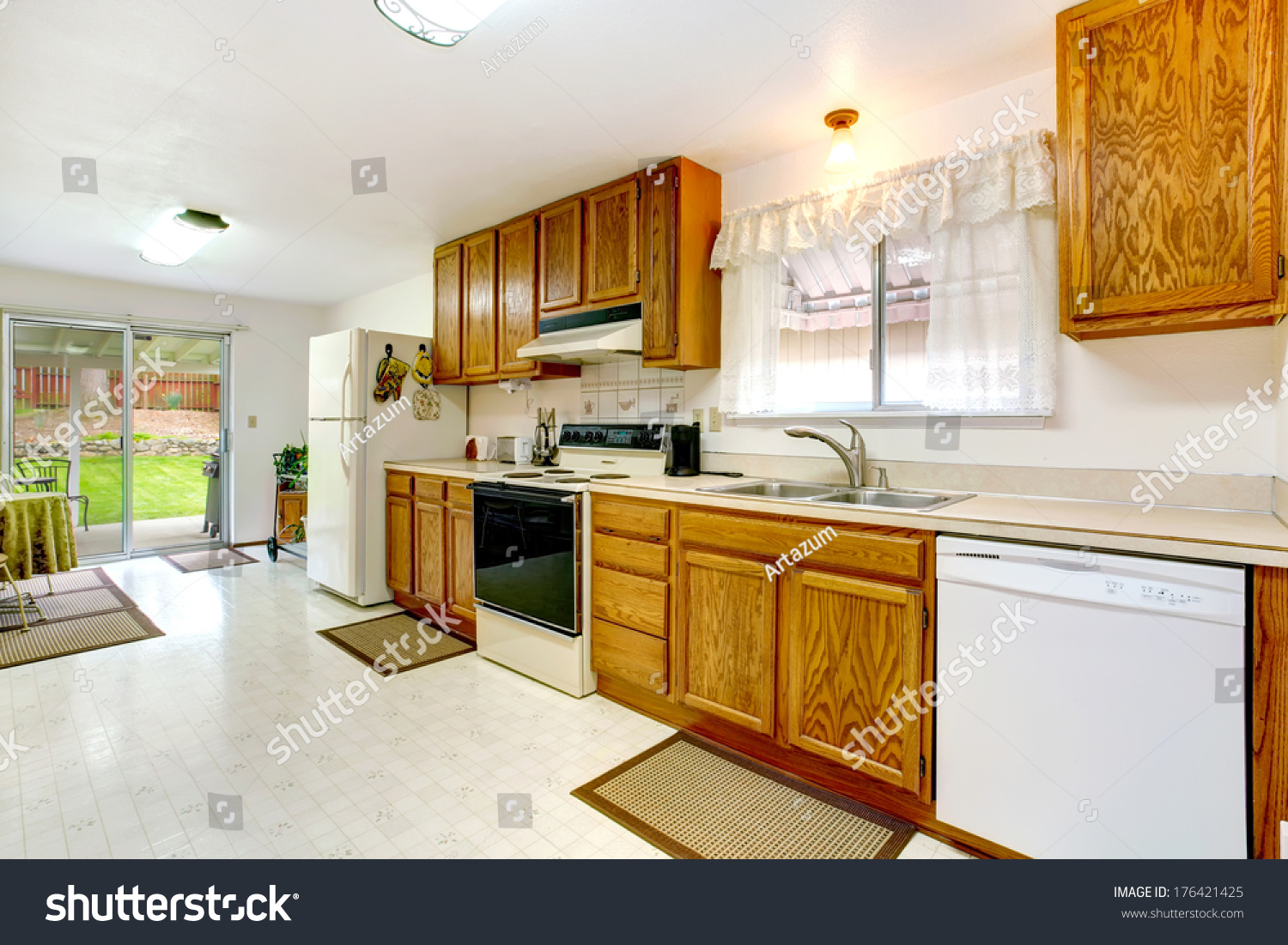 Bright Kitchen Wood Cabinets Tile Floor Stock Photo Edit Now 176421425