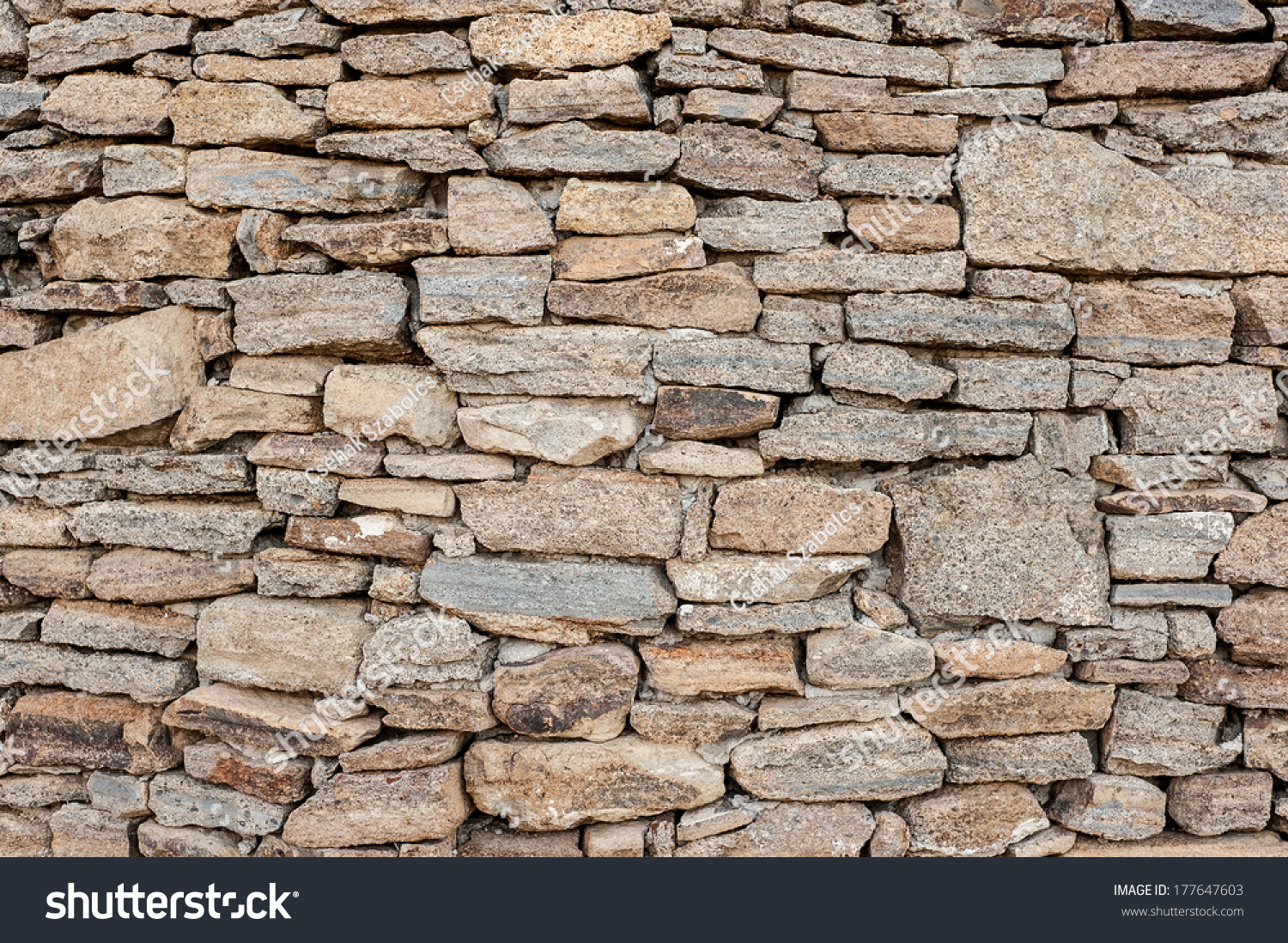 Rubble Stone Wall : Decorative old look rough surface rubble stone wall varied