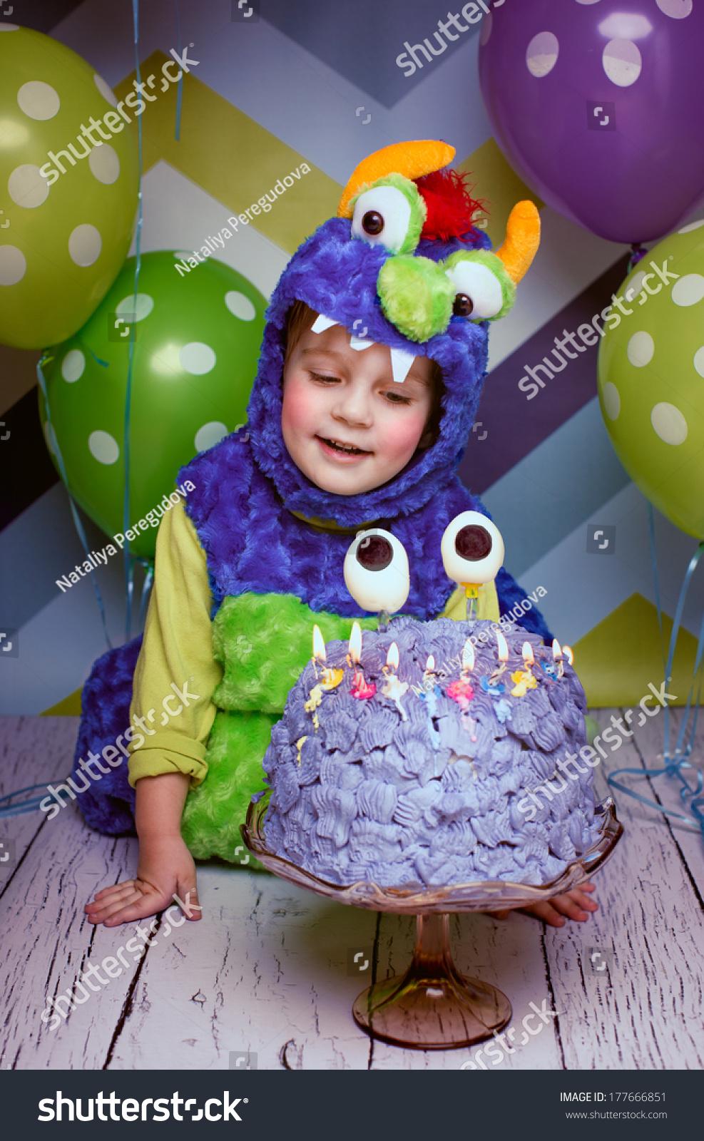 Fabulous Happy Birthday Funny Cake Boy Stock Photo Edit Now 177666851 Funny Birthday Cards Online Inifodamsfinfo