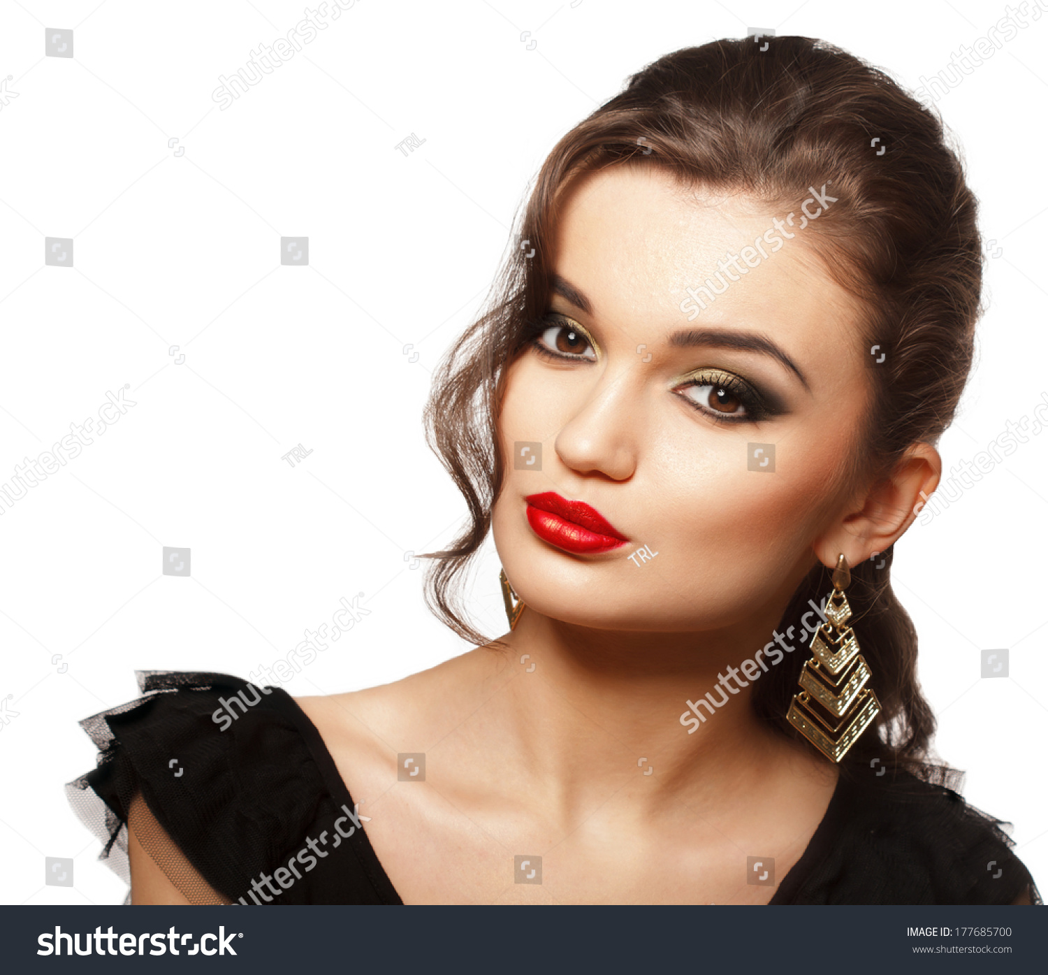 Black dress with red lipstick - Fashion Girl Portrait In Black Dress Evening Bright Makeup And Hairstyle Smokey Eyes