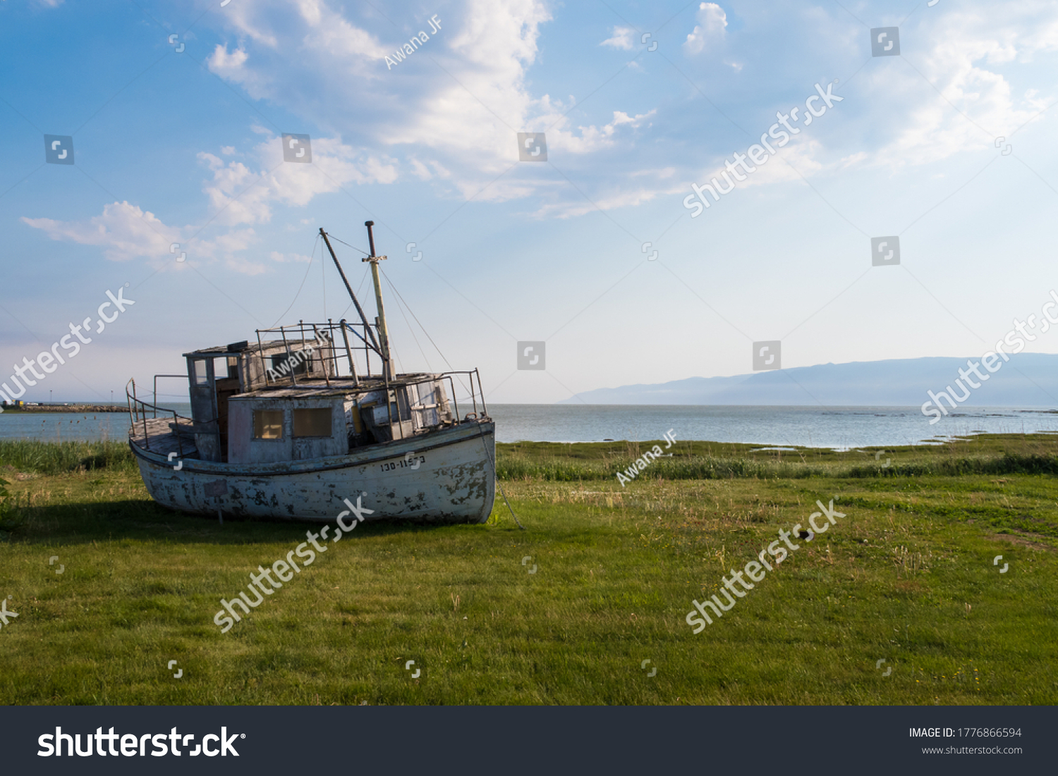 stock-photo-view-of-a-shipwrecked-fishin