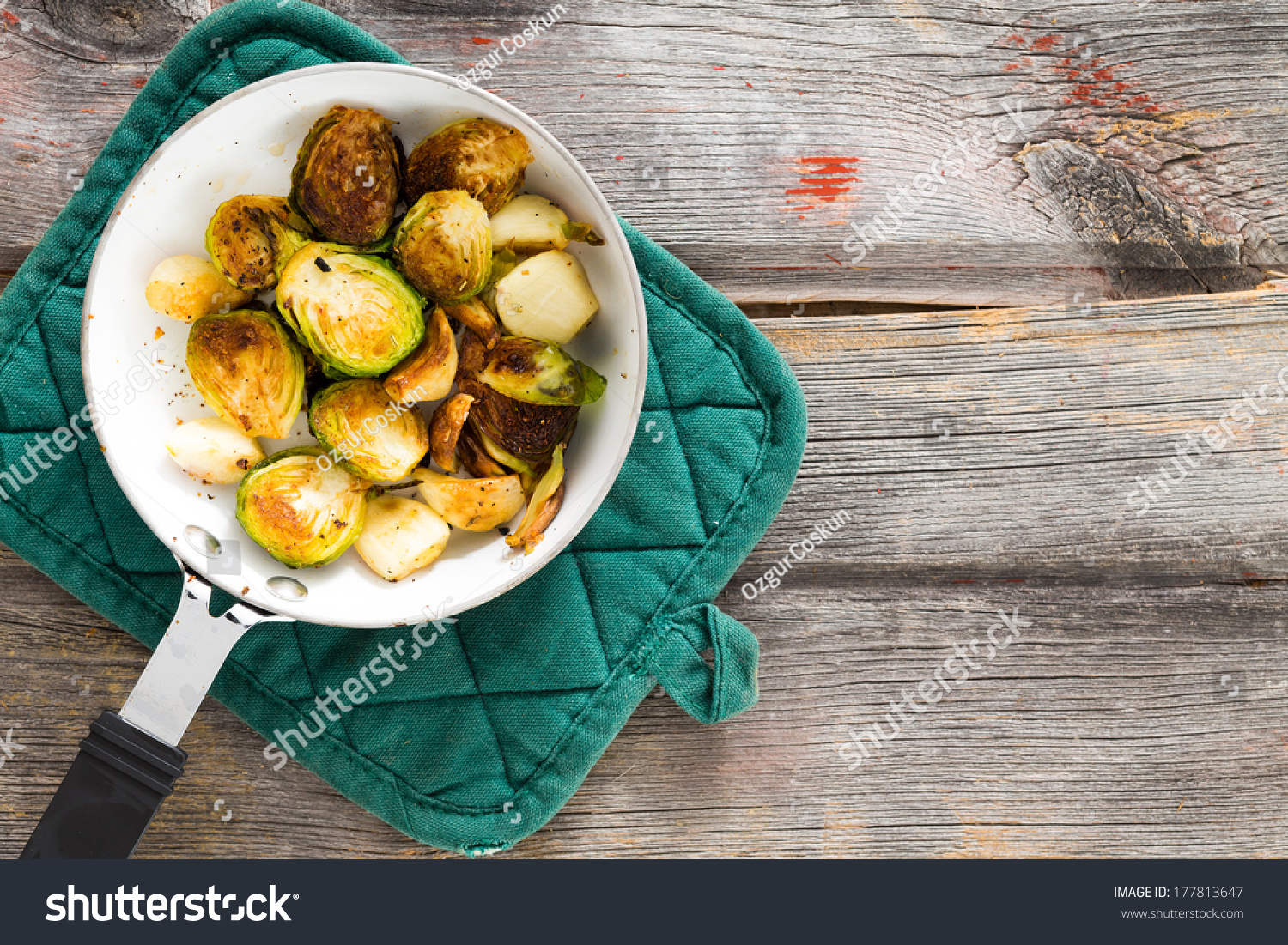 how to cook brussel sprouts in saucepan