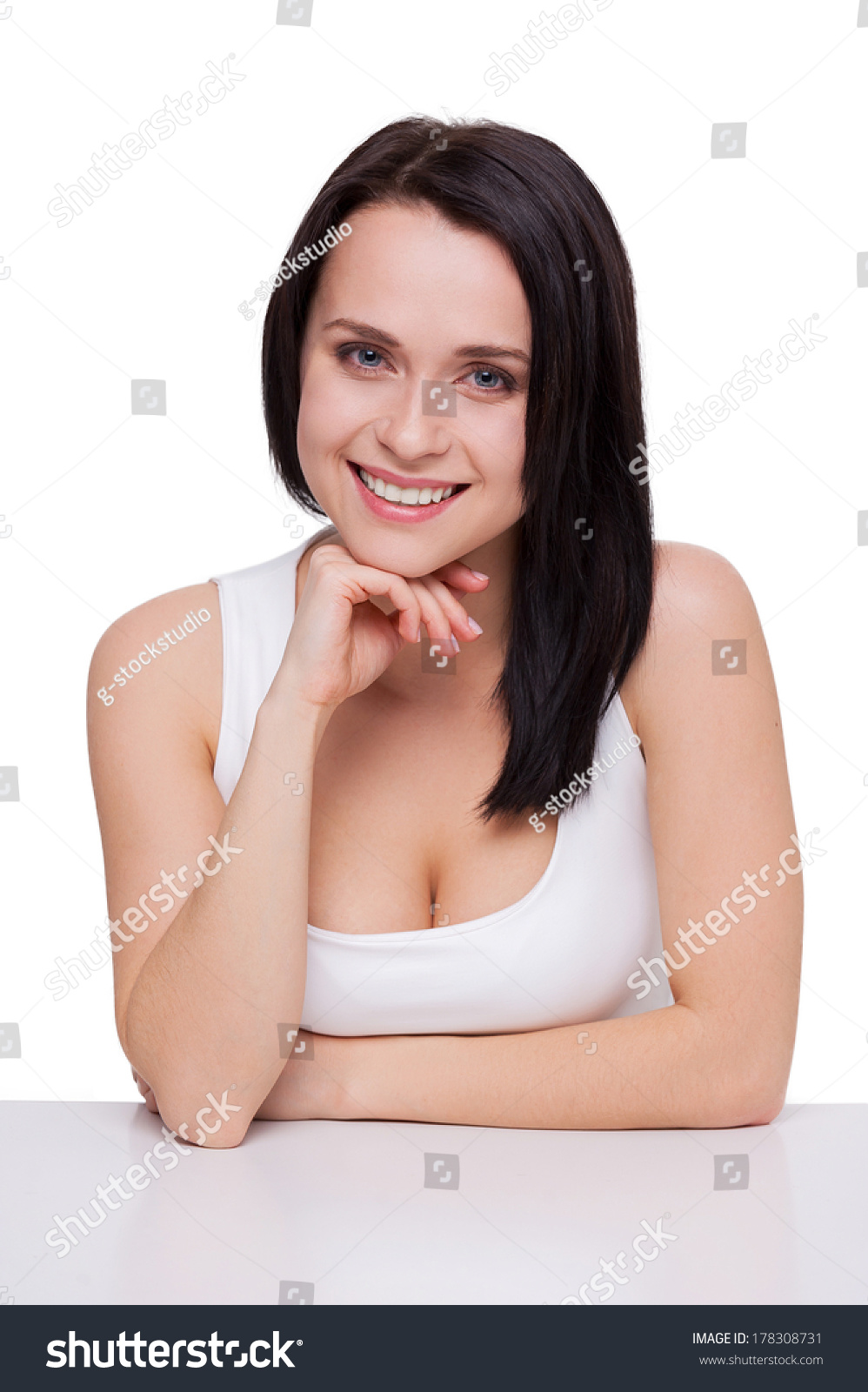 women minimalism cleavage - photo #36