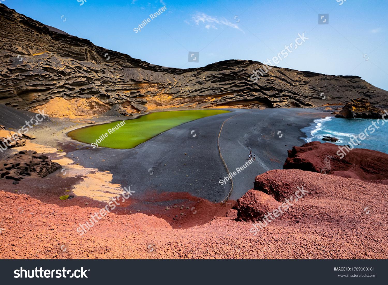 stock-photo-lago-verde-green-lake-or-cha