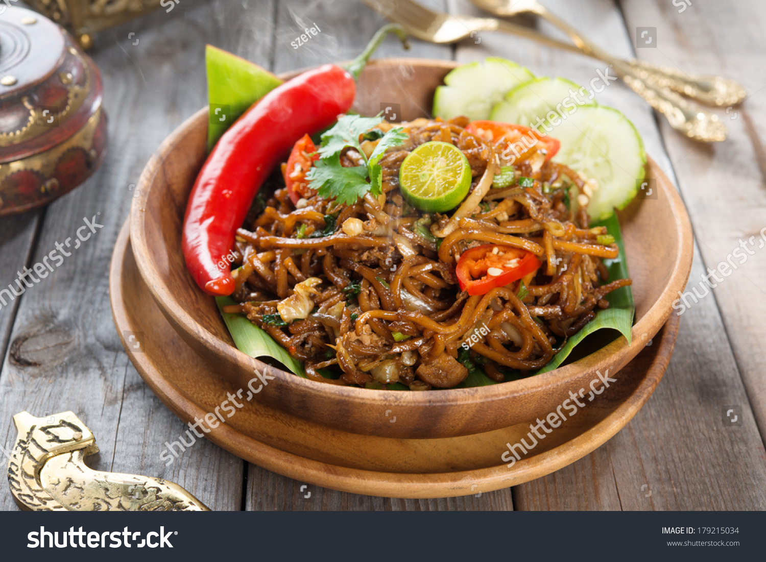 or mee goreng mamak, Indonesian and Malaysian cuisine, spicy fried ...