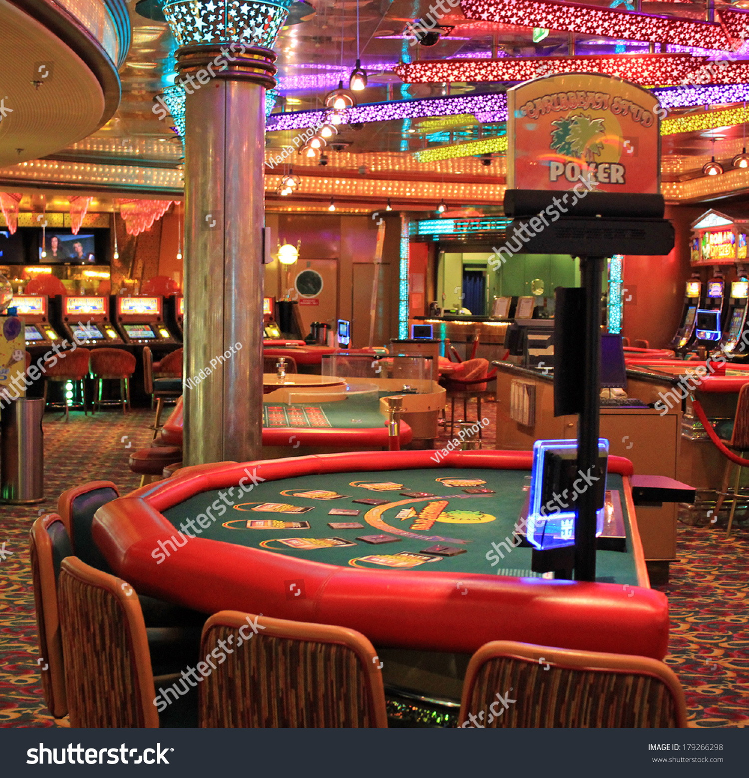 online casino table games poker american