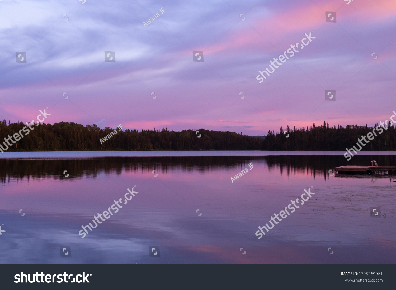 stock-photo-beautiful-sunset-view-on-a-l