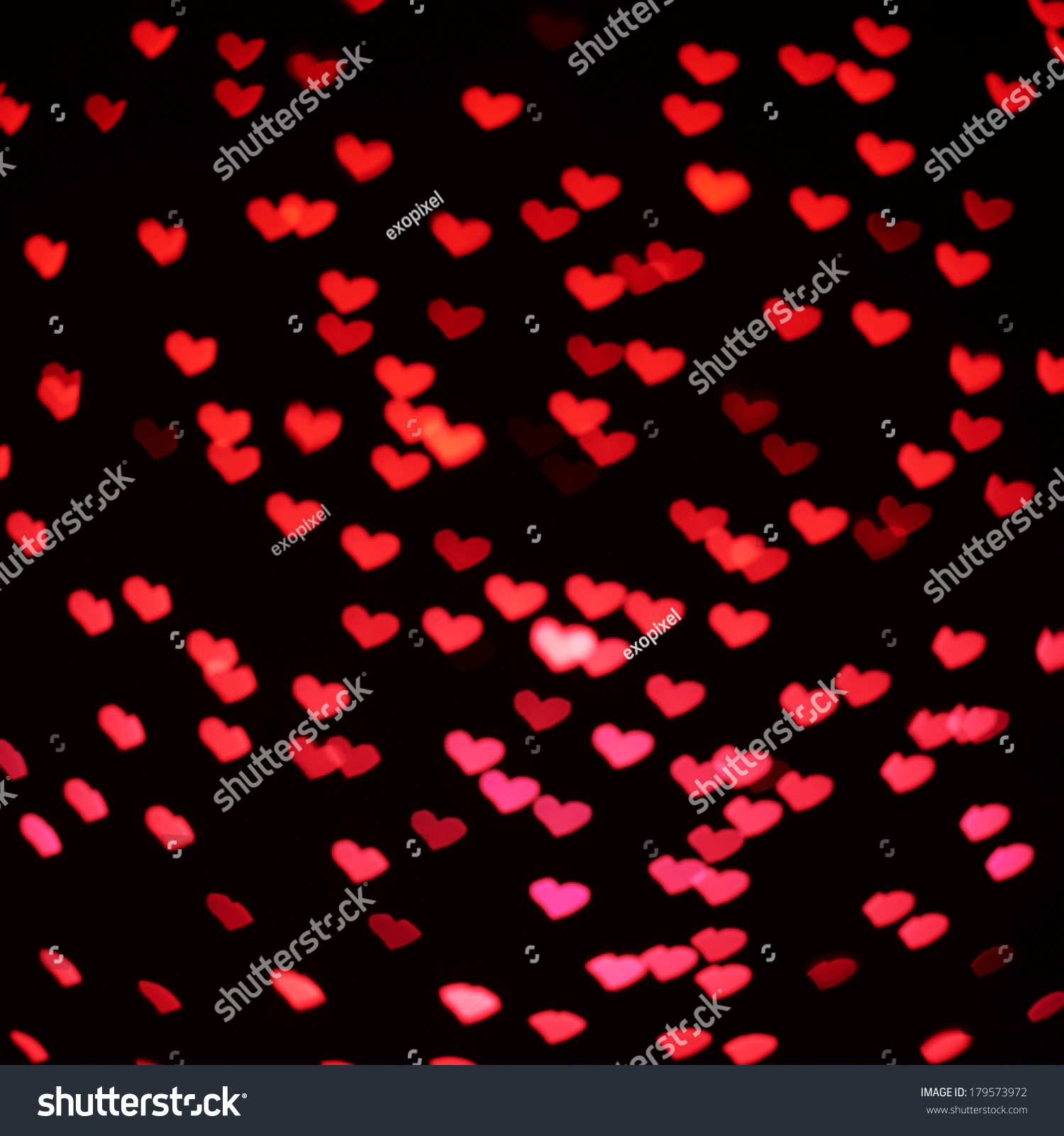 Black and red hearts background