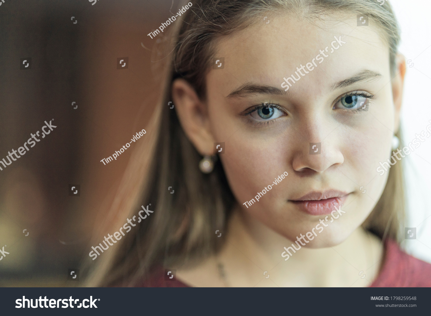 stock-photo-portrait-of-a-young-girl-clo