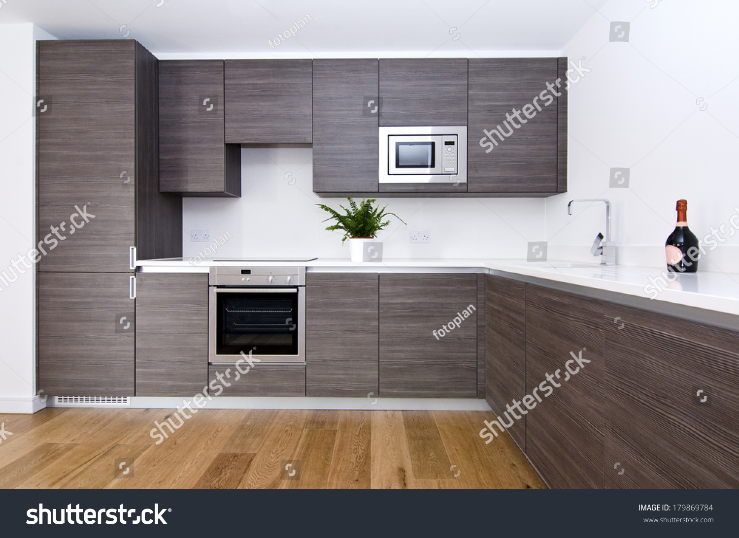 Fitted Kitchen Contemporary Modern Fully Fitted Kitchen Brown Stock Photo