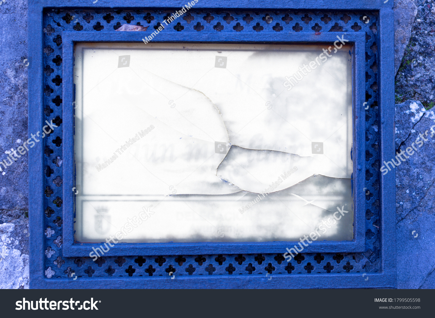 stock-photo-rustic-frame-for-advertising