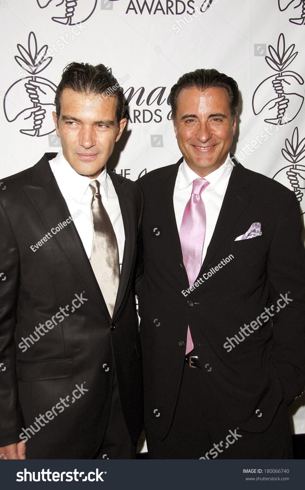 ¿Cuánto mide Andy García? - Real height Stock-photo-antonio-banderas-andy-garcia-at-st-annual-imagen-awards-arrivals-beverly-hilton-hotel-los-180066740