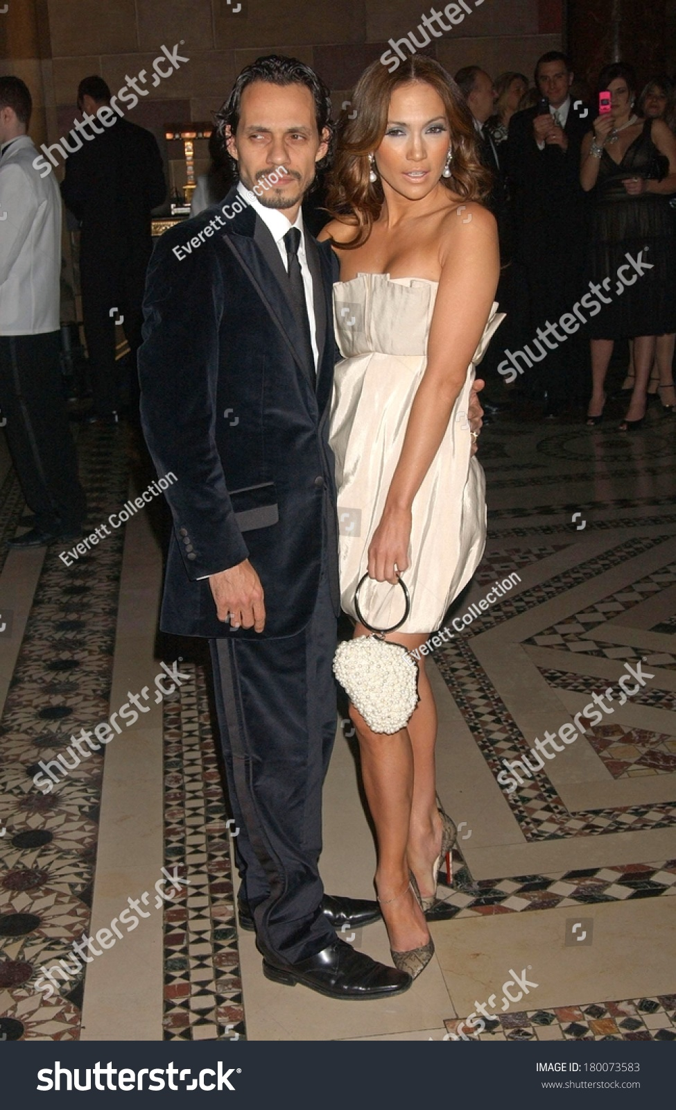 ¿Cuánto mide Marc Anthony? - Altura - Real height Stock-photo-marc-anthony-jennifer-lopez-attending-ace-accessories-council-awards-th-annual-gala-cipriani-180073583