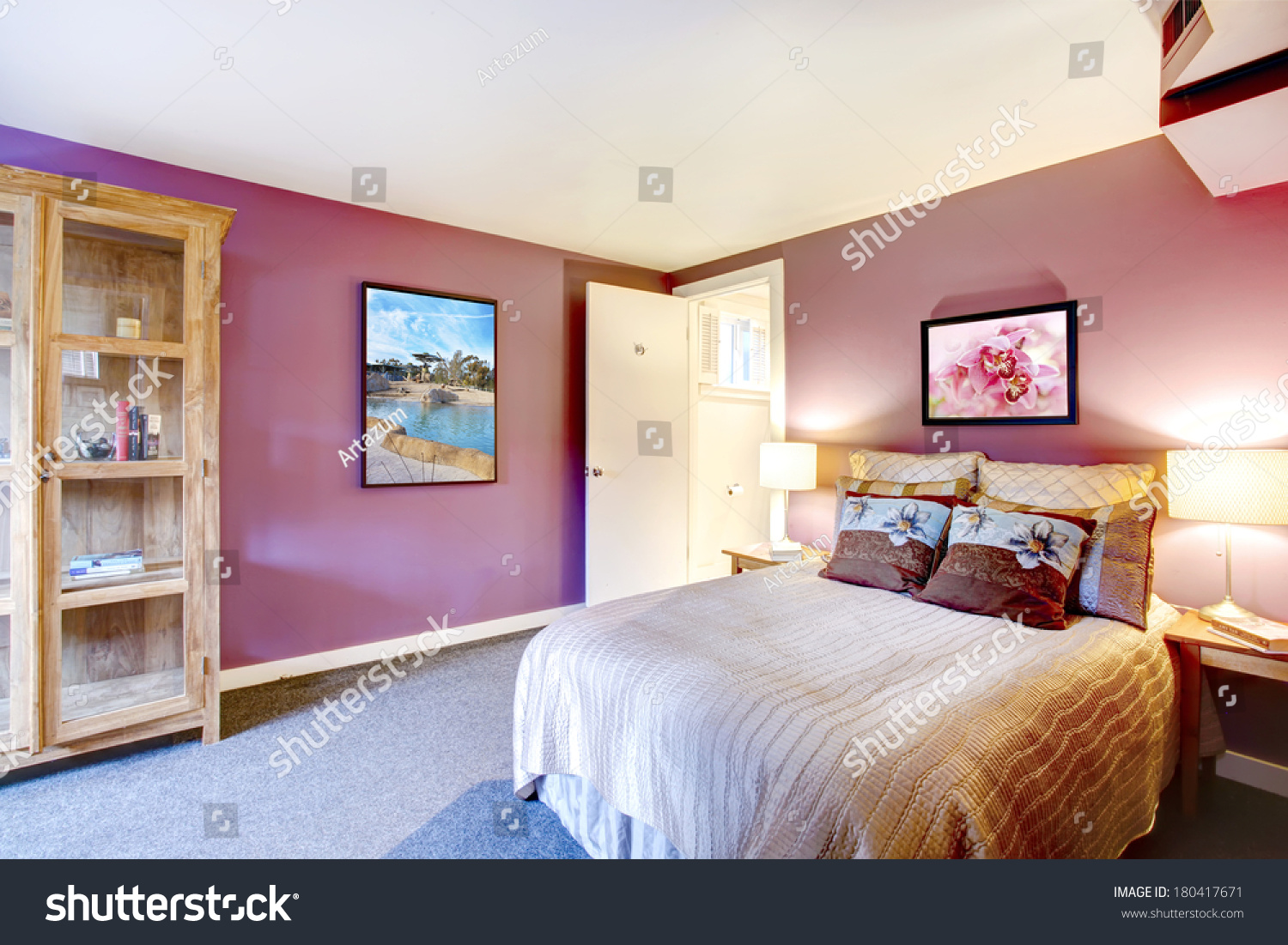 Elegant bedroom with beige carpet floor and contrast color bright red  walls  Green and purple. Elegant Bedroom Beige Carpet Floor Contrast Stock Photo 180417671