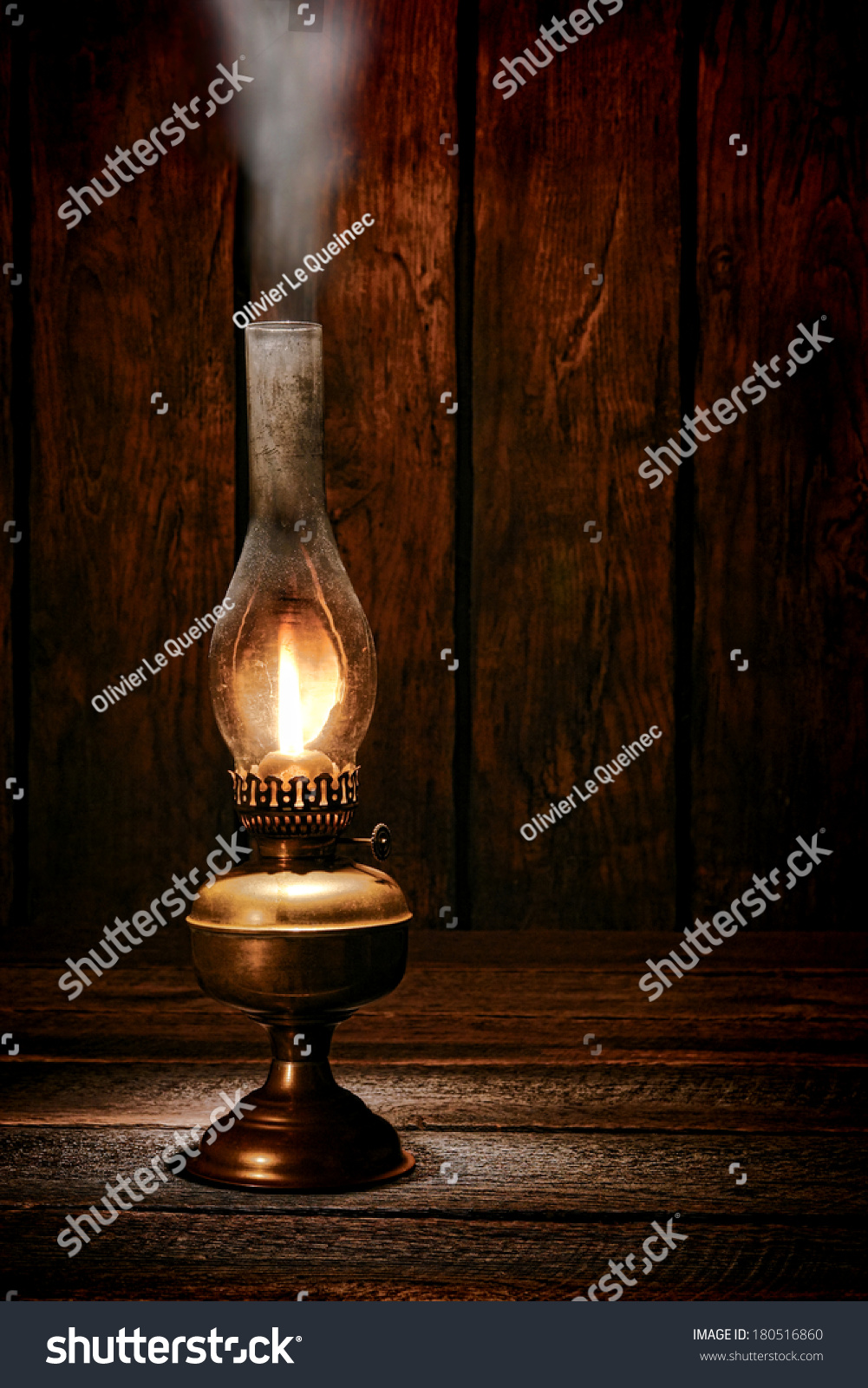 Animated Burning Lamp Oil : Antique rustic kerosene oil lantern lamp burning light