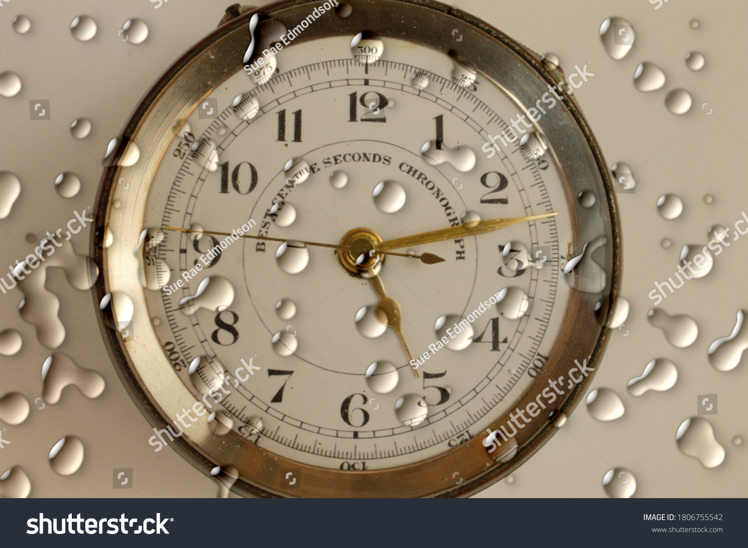 stock-photo-water-droplets-on-a-chronogr