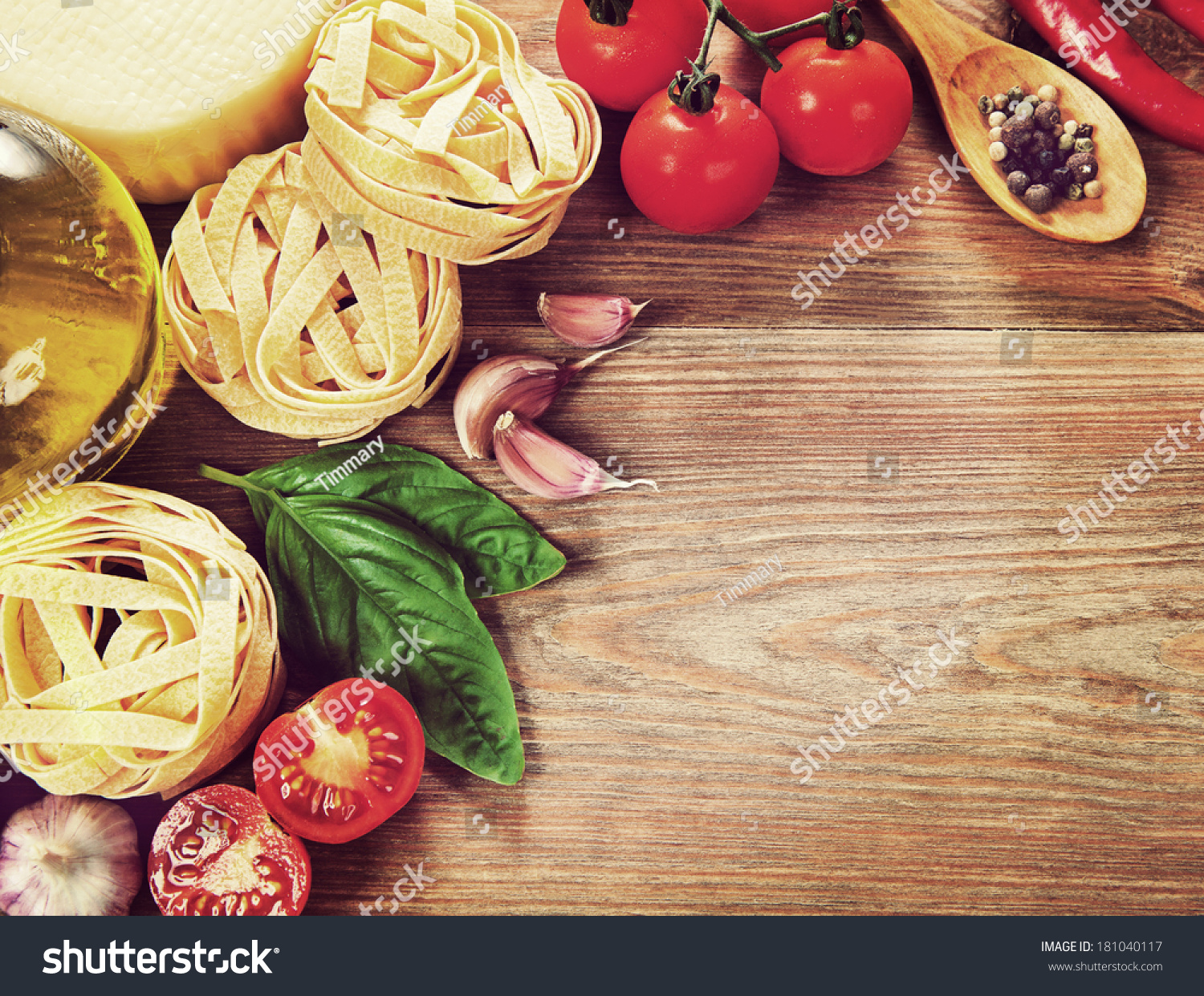 Italian cuisine vegetables oil spices and pasta on the - Table cuisine retro ...