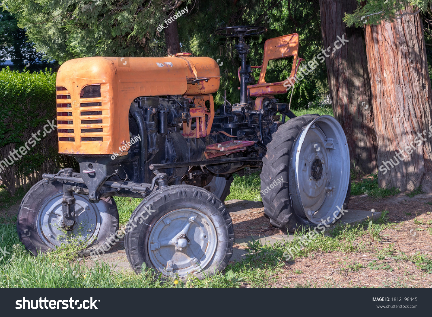 stock-photo-diesel-wheeled-tractor-dt-ma
