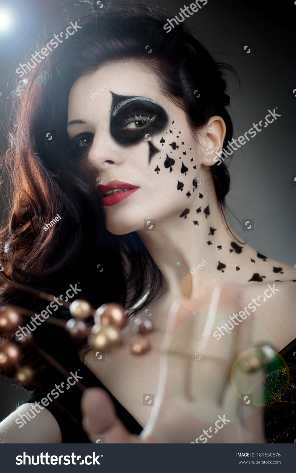 queen of spades makeup queen stock photo 181630676 shutterstock. Black Bedroom Furniture Sets. Home Design Ideas