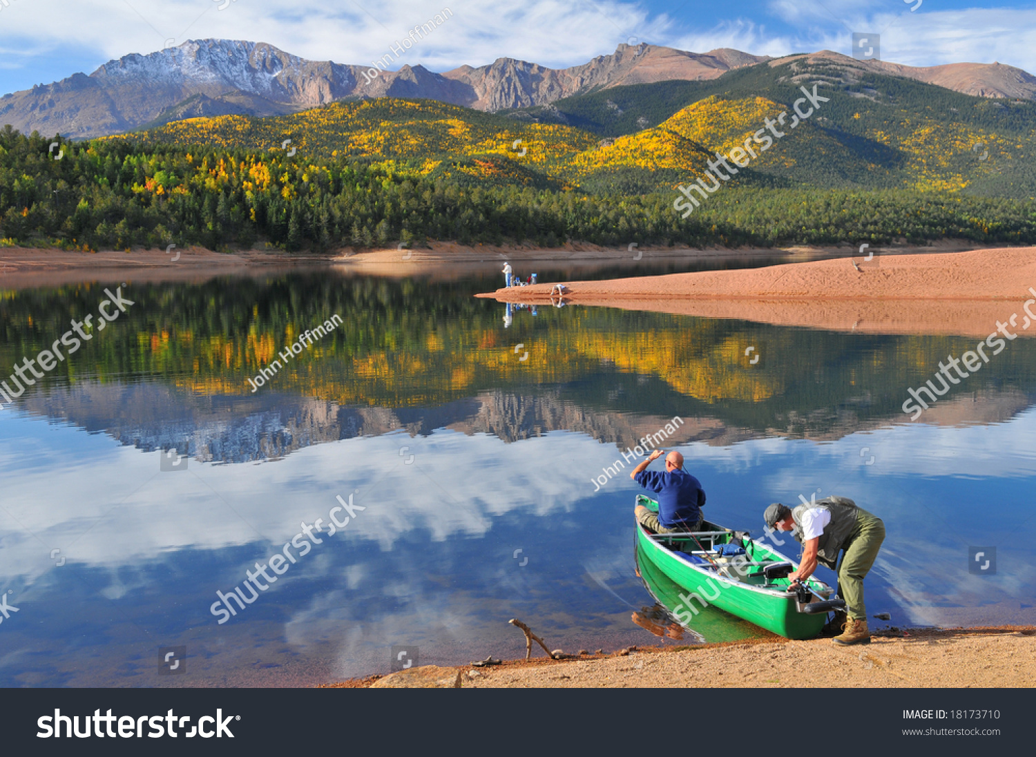Going fishing at scenic crystal reservoir in pike national for Peak fishing times