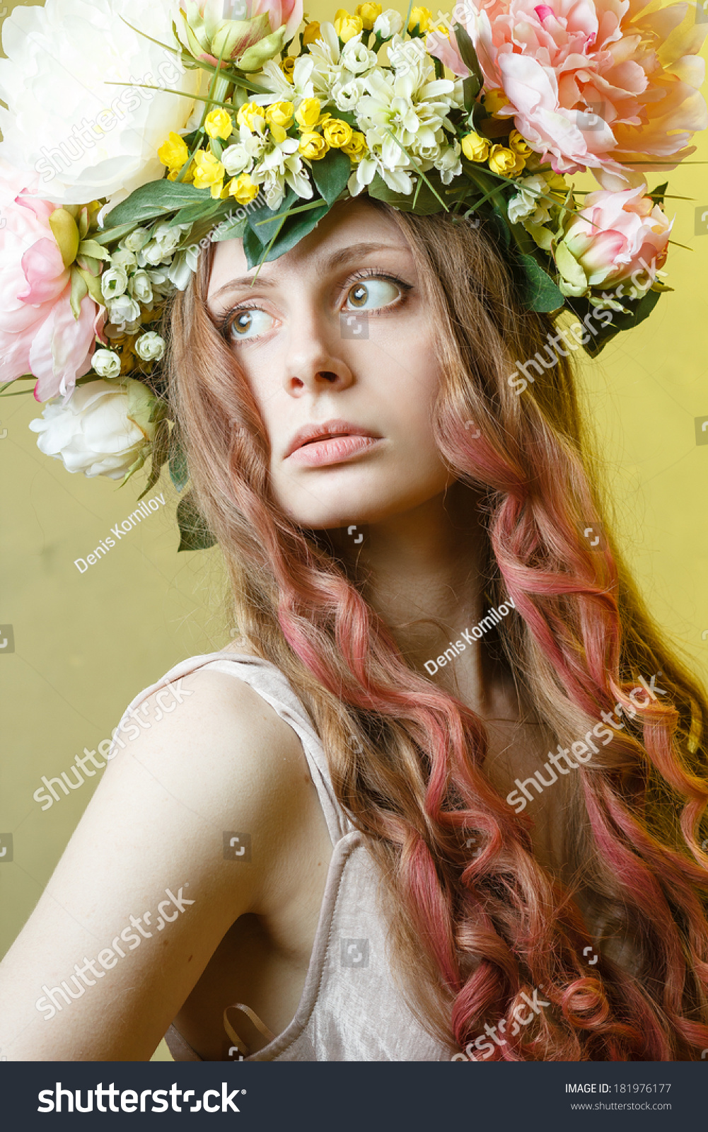 Pretty Girl Flower Crown On Head Stock Photo Edit Now 181976177