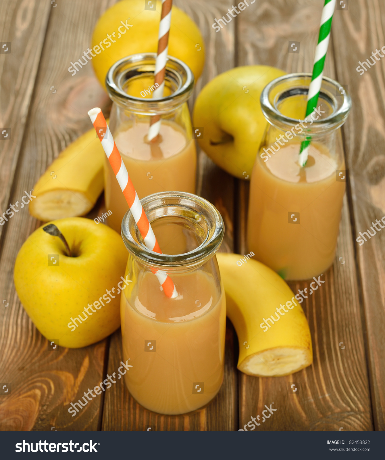 how to make a smoothie with banana and apple