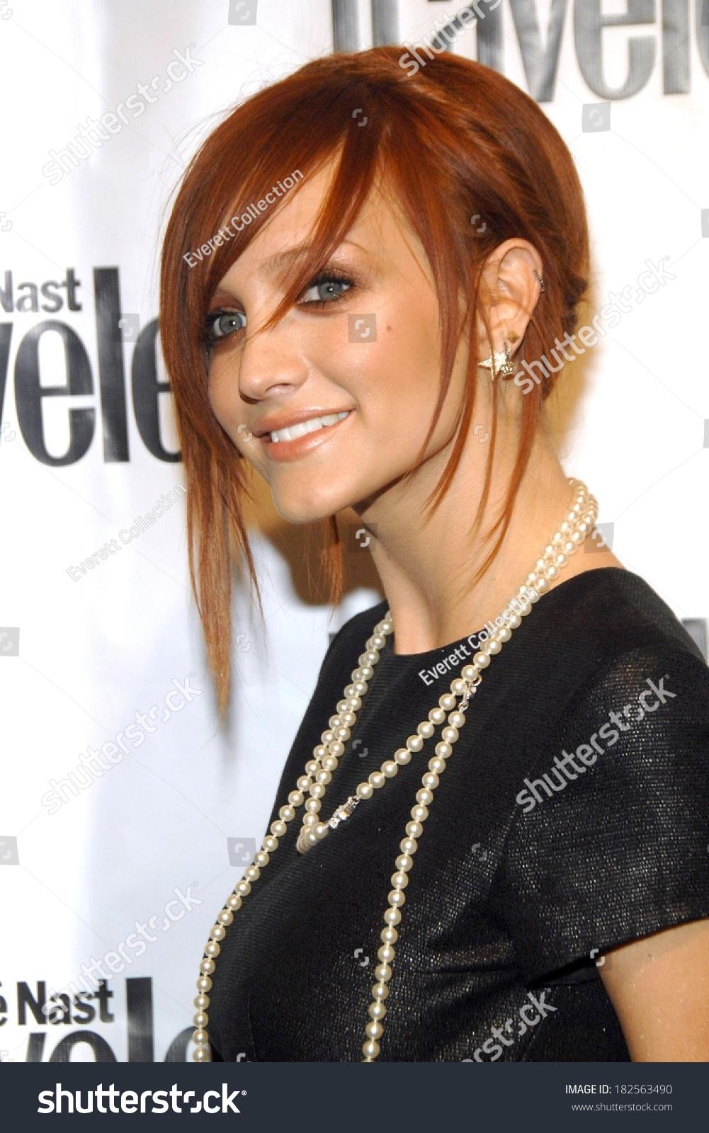 Ashlee Simpson Chanel Necklace Chanel Starshaped Stock Photo Edit