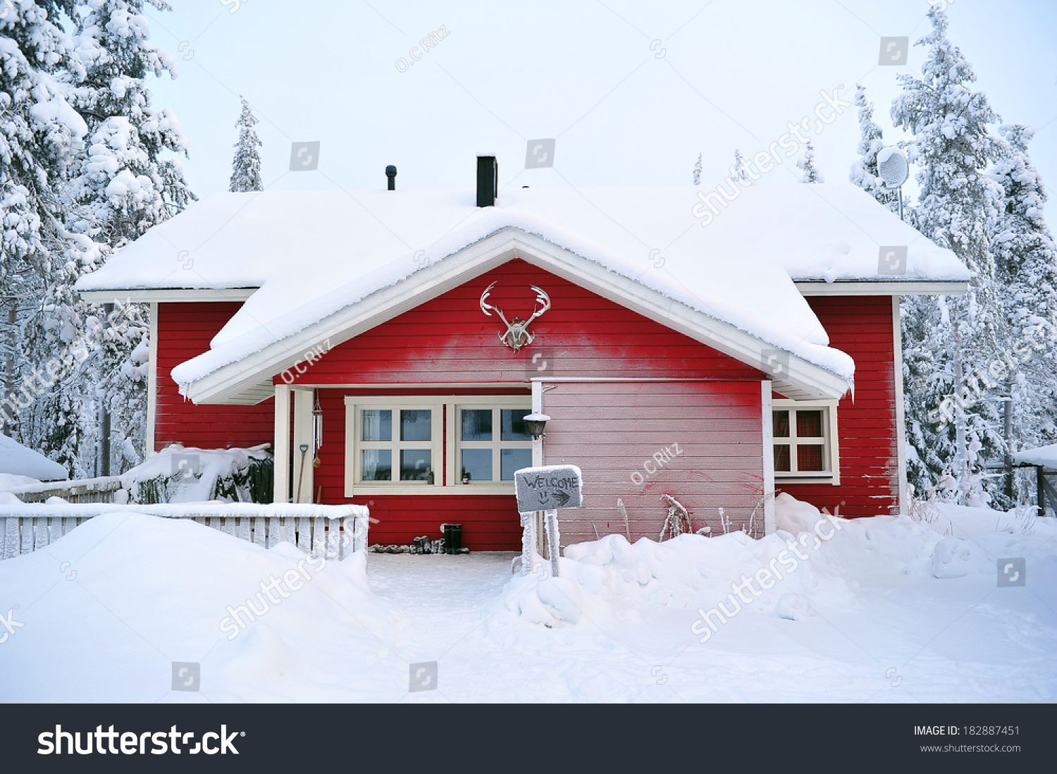 Log cabin in the woods winter - Red Log Cabin In The Woods