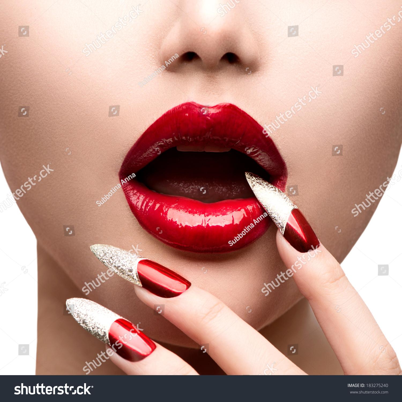 Halloween Makeup Teaching - Unplugged Finger